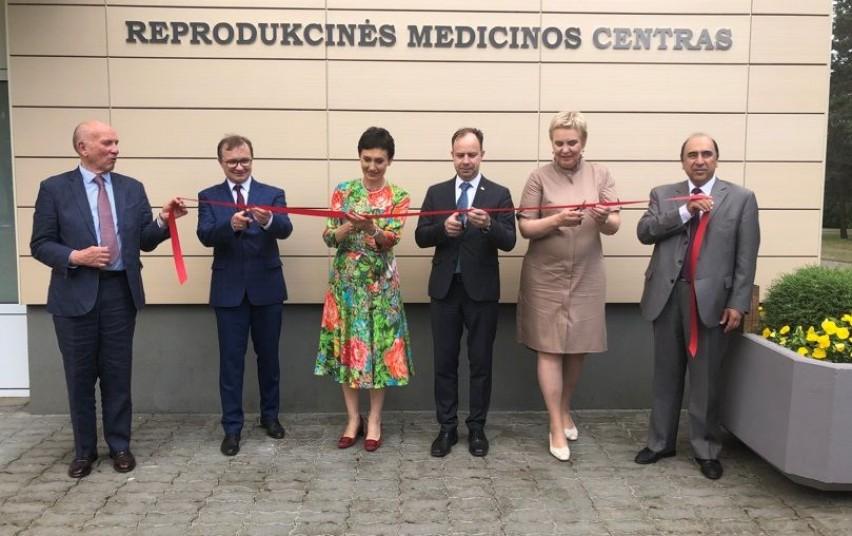 Kauno klinikose atidarytas Reprodukcinės medicinos centras