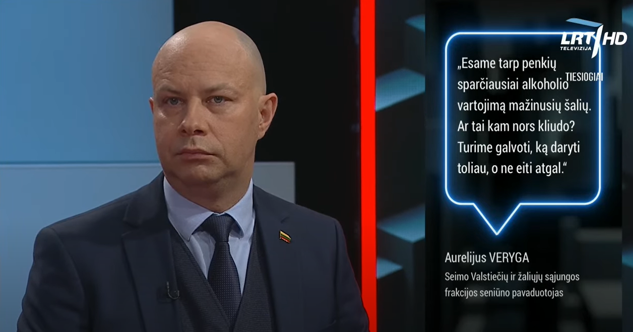 """Laidoje """"Lietuva kalba"""" diskusija apie alkoholio prieinamumą jaunesniems nei 20 m. asmenims"""